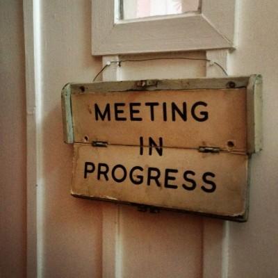 meeting-1013×1024